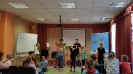 Артисты Росгосцирка эквилибристы на першах Саралаевы и клоун Alex посетили наш детский дом_13