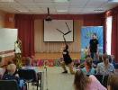 Артисты Росгосцирка эквилибристы на першах Саралаевы и клоун Alex посетили наш детский дом_33
